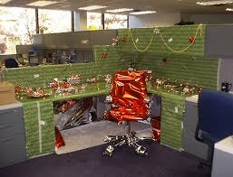 office cubicle christmas decorations. although your creativity along should be enough to make curious bystanders flock elaborately decorated office you may also want some tasty cubicle christmas decorations i