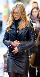 jennifer aniston we re the millers rose o reilly leather jacket