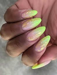 Neon Ombre And Gold Nails Nechty V Roku 2019 Pinterest Nägel