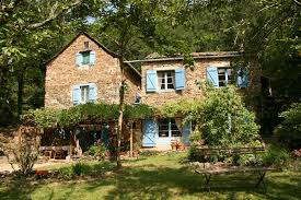 french country front doorMake your home beautiful with French country exterior ideas