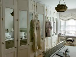 mirrored bifold closet doors. Mirrored Bifold Closet Doors Plan