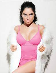 dailyactress   Model, Fashion, Bodycon dress