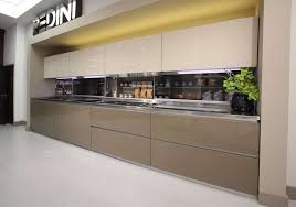 rrp 31 000 large pedini deep dune ex display kitchen snless steel integrated appliances mw0517pl3