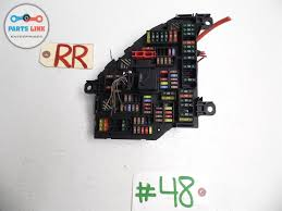 09 bmw f02 lwb 750li 750 fuse box power distribution rear right 09 bmw f02 lwb 750li 750 fuse box power distribution rear right quarter oem