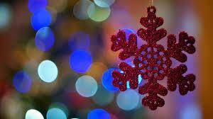 Windows 10 Winter Theme Microsoft Release Winter Holiday Glow Windows 10 Wallpaper