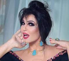 """فيفي عبده تستعرض رشاقتها بتمرين رياضي صعب والجمهور: """"احترمي سنك"""""""