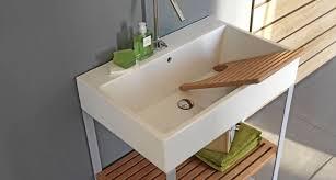 Zona Lavanderia In Bagno : Bagno piccolo con lavanderia avienix for