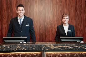 front desk hotel jobs