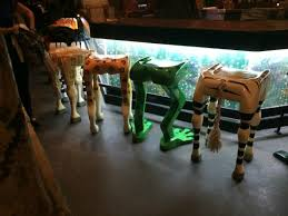 rainforest cafe love the animal leg bar stools stools a62