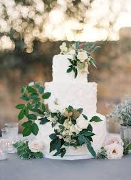 30 Stunning Ways To Infuse Your Wedding With Greenery Chic Vintage