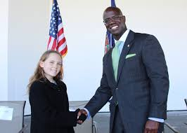 veterans day essay contest virginia war memorial foundation annika plunkett 6th grader at james madison middle school in roanoke city was this year s middle school essay winner her teacher is angela kryl