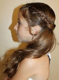 Simple Hairstyles For College 55 Attractive Side Ponytail Hairstyles For Girls Stylishwife