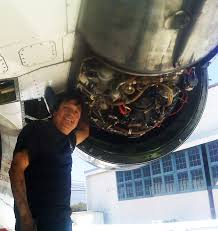 us airways jet engine mechanic cesar zevallos turbine engine mechanic