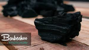 How To Light Lumpwood Charcoal The Difference Between Lumpwood Charcoal And Briquettes Bbq Know How
