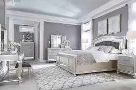 Coralayne Queen Panel Bed | Ashley Furniture HomeStore