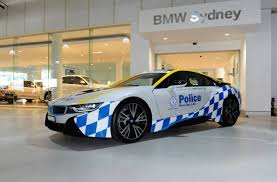 Chrysler 300 SRT NSW Police car being trialled (video ...