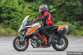2018 ktm super duke r. fine super that a dualpurpose styled bike suitably kitted out offered more in  terms of versatility and ease use which brings us to the ktm super duke gt and 2018 ktm super duke r u