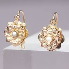 18 kt. Pink gold - Earrings, Victorian, <b>Flower shaped</b>, anno 1880 ...