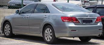 File:Toyota Camry (sixth generation) (rear), Serdang.jpg ...