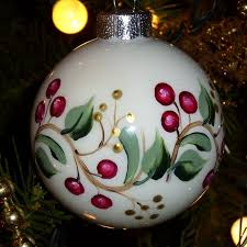 Christmas Vines & Cranberry Berries More  Glass Christmas  OrnamentsChristmas ...