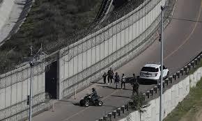 Mexico Border Wall Design A Look At Status Of Trumps Us Mexico Border Wall