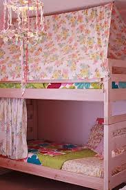 bunk bed tent... This gives me ideas. Even doing it different and ...