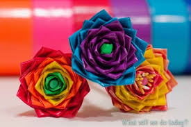 cool and fun projects to do at home. duct tape flowers | cool crafts for teens diy projects and fun to do at home