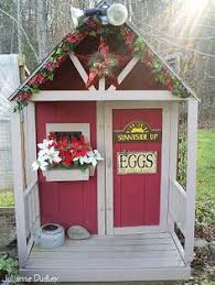 Holiday Cyber Chicken Coop Tour    Community Chickens Guess I Need To  Decorate My Coop
