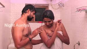 Hot South Indian House Wife Bathroom Romance With Husband YouTube
