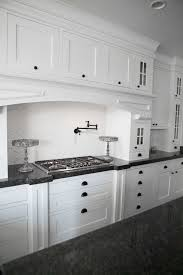 Make Shaker Cabinet Doors White Kitchen Interior Design Ideas How To Create The White