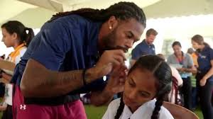 sidney rice gives the gift of hearing in sri lanka