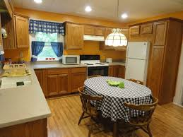 Oak Country Kitchens decorating clear