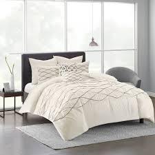 comforter or duvet
