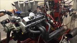 Small Block Chevy 427 Stroker w/8 Stack EFI Dyno Test - YouTube