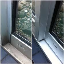 how to clean aluminium window frames