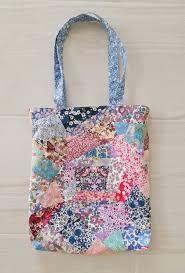 25 DIY Quilted Handbags | Guide Patterns & Designer Quilted Handbag Adamdwight.com