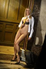 Wicked Jessica Drake Blonde Milf Jessica Drake Loses Her Suit.