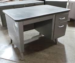 single pedestal tanker desk with drawer