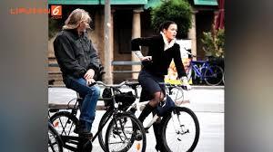 Dalam sebuah unggahan, luna berpose dengan sepedanya.luna luna sendiri memilih roadbike alias sepeda balap sebagai tunggangan. Berita Naik Sepeda Hari Ini Kabar Terbaru Terkini Liputan6 Com