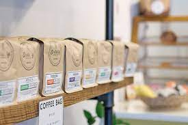 This is a shared house. Coffee Shop Enderly Coffee Co