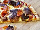 bbq d cheeseburger pizza