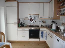 Küche Gebraucht Ohne Geräte In L Form Weiß Mit Holzfurnier. Abholung 16.