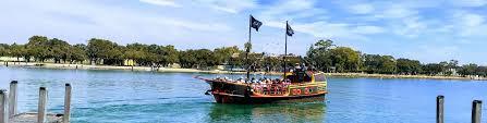 Mandurah Christmas Lights Boat Hire Pirate Ship Mandurah The Pirate Ship