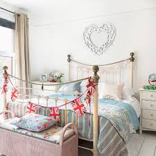 shabby chic bed. Brilliant Chic On Shabby Chic Bed