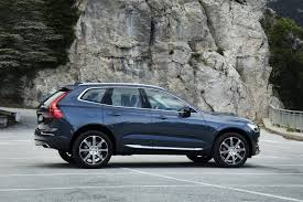 2018 volvo xc60 spy shots. 2018 volvo xc60 t6 awd photos xc60 spy shots