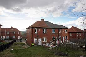 The search extended to 3,000 local houses, with 1,500 drivers around the local area also being questioned. Shannon Matthews Tour Of Moorside Estate Offered For 15 By Locals Metro News
