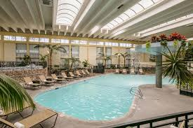 the swimming pool at or near wyndham garden fresno yosemite airport