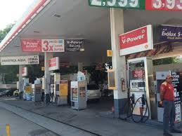 Resultado de imagem para Imagens de posto de gasolina