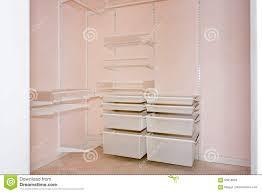 empty walk in closet. Download Comp Empty Walk In Closet