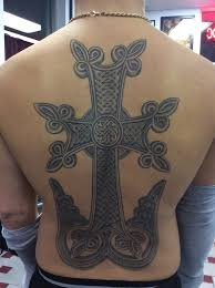 фото тату армянский крест